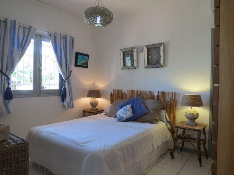 chambre 1 Location Maison 9879 Saint Gilles