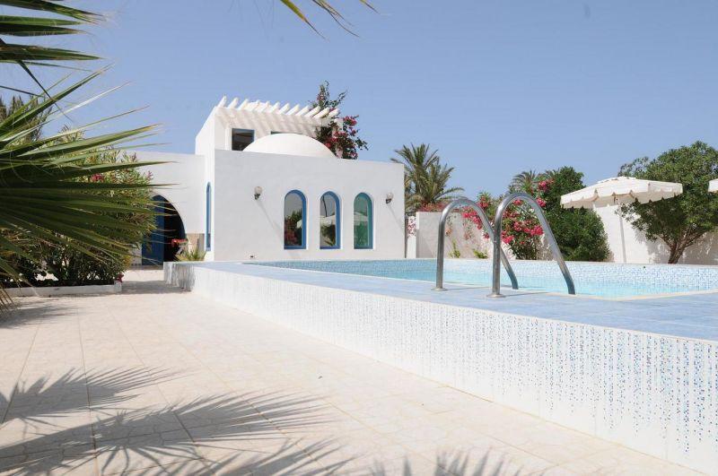 Vue extérieure de la location Location Villa 9885 Djerba