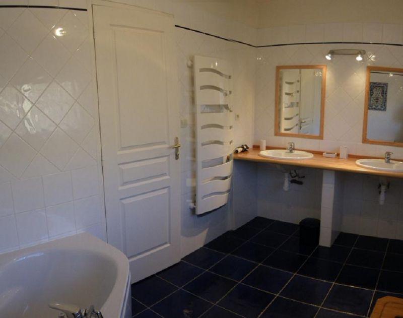 salle de bain 2 Location Villa 101058 Barcelonnette