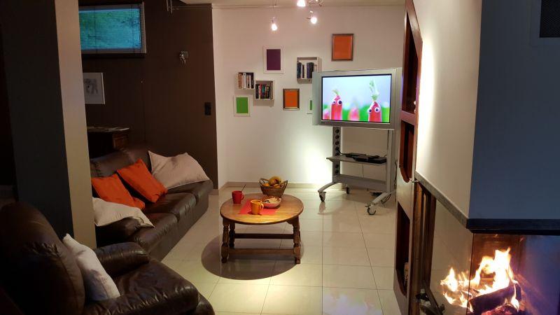 Salon Location Villa 101058 Barcelonnette