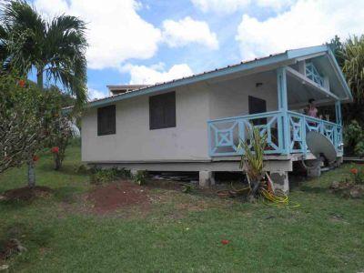 Vue ext�rieure de la location Location Bungalow 101203 Anses d'Arlet