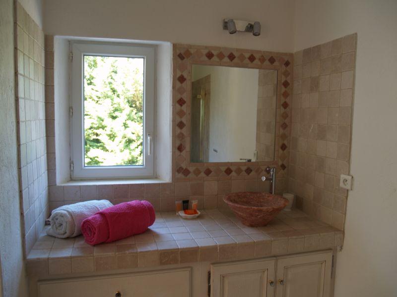 salle de bain 5 Location Maison 106704 Isle sur la Sorgue