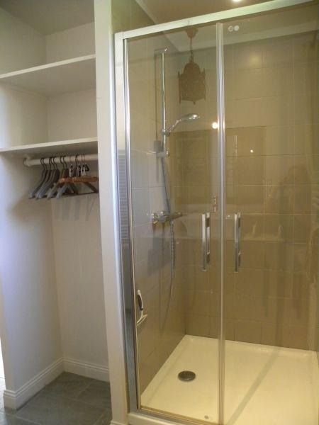 Salle d'eau 1 Location Maison 110426 Saint Vaast la Hougue