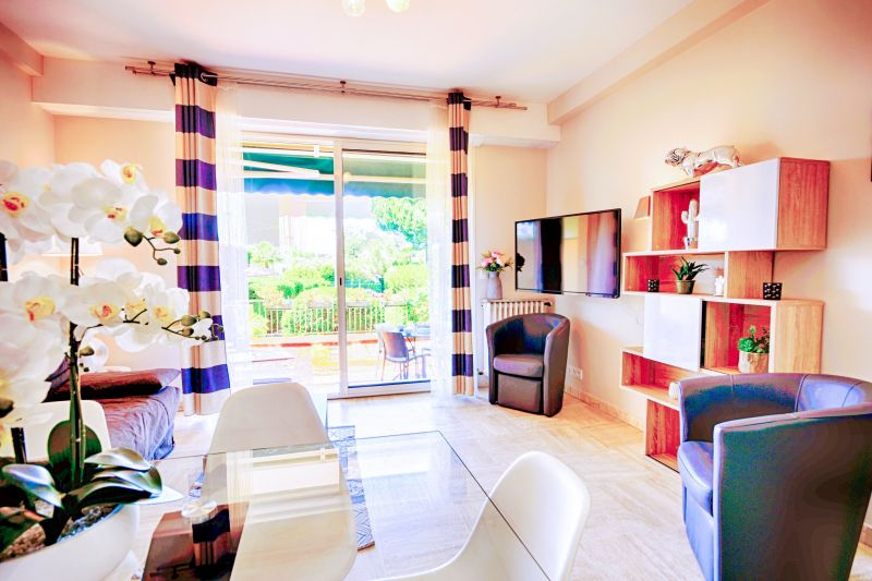 Location Appartement 112158 Juan les Pins