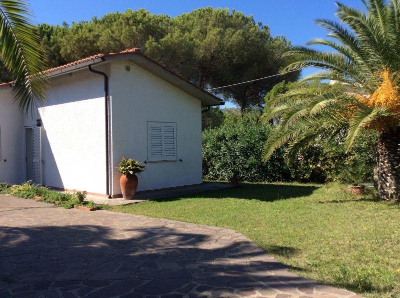 Vue extérieure de la location Location Appartement 114747 Capoliveri
