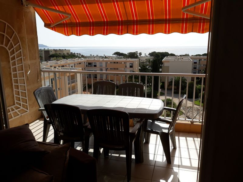 Terrasse Location Appartement 115064 Le Lavandou