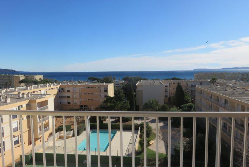Vue du balcon Location Appartement 115064 Le Lavandou
