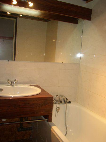 salle de bain Location Appartement 118046 Cassis