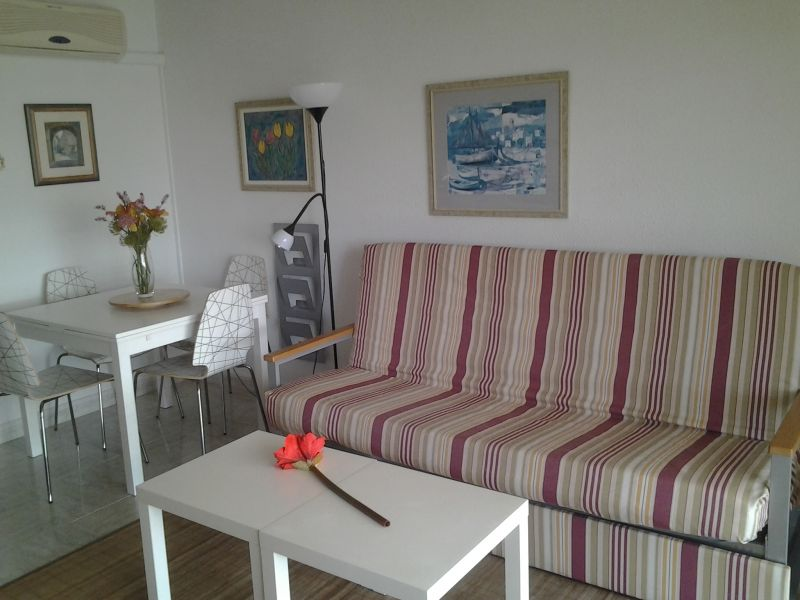 Salon 1 Location Appartement 66831 Salou