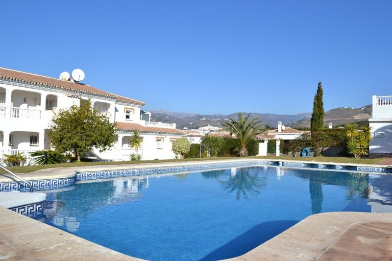Piscine Location Appartement 67674 Torrox