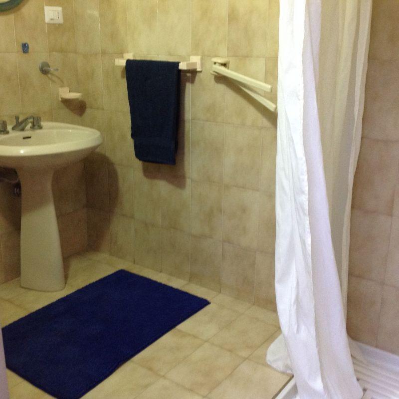 salle de bain 2 Location Appartement 70385 Noto
