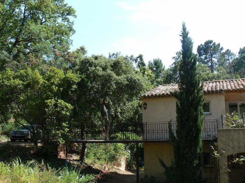 Vue extérieure de la location Location Appartement 73716 Mandelieu la Napoule
