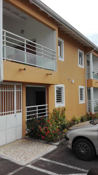 Vue extérieure de la location Location Studio 74882 Port Louis