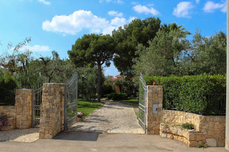 Vue extérieure de la location Location Villa 76368 Nardò