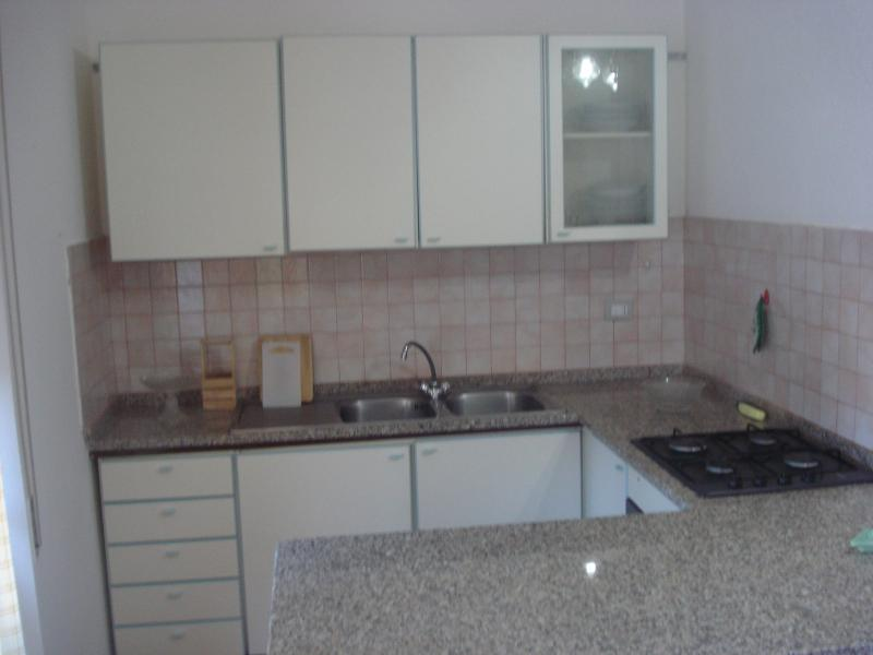 Coin cuisine Location Appartement 76423 Trinità d'Agultu e Vignola