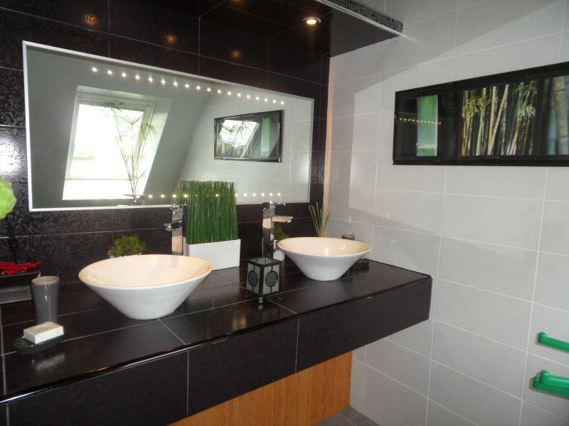 salle de bain 1 Location Villa 82006 Roscoff