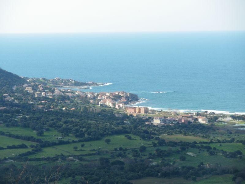 Vue à proximité Location Appartement 86904 Algajola
