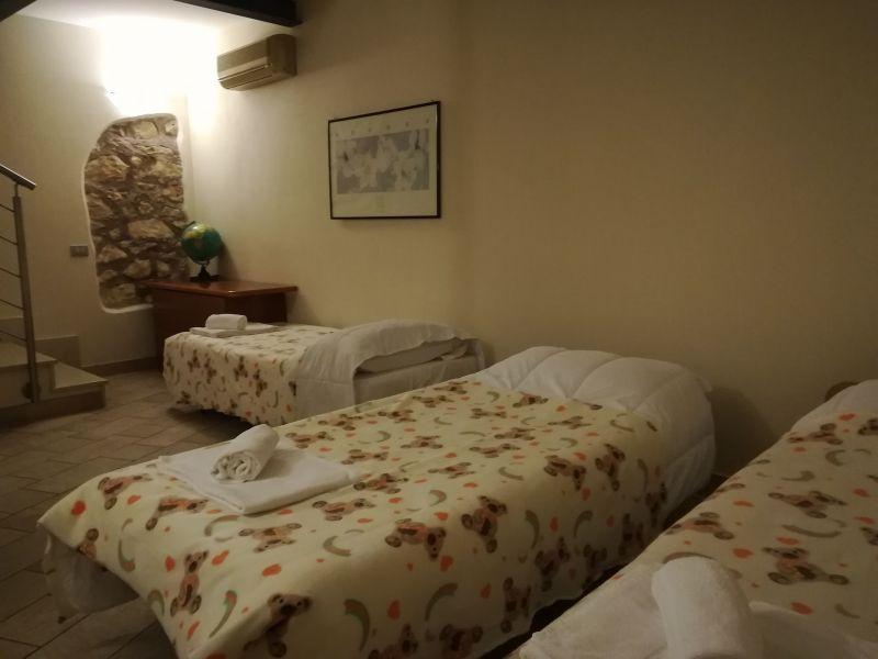 chambre 2 Location Appartement 89824 Vérone