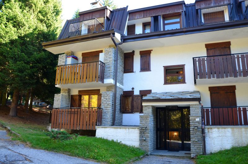 Vue extérieure de la location Location Appartement 91663 Sauze d'Oulx