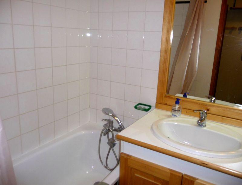 salle de bain Location Appartement 96358 Les Menuires