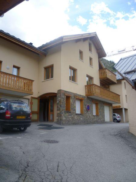 Vue extérieure de la location Location Appartement 97230 Valloire