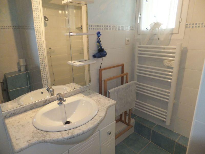 Salle d'eau Location Appartement 98785 Sérignan