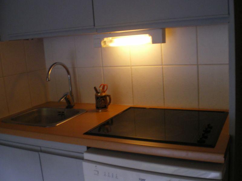 Cuisine d'été Location Studio 111875 Le Corbier