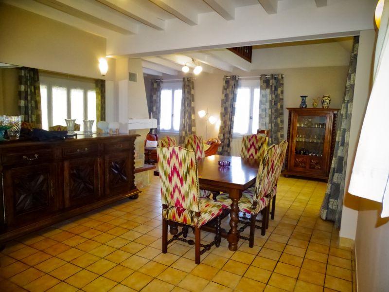 Salle à manger Location Villa 112185 Besse - Super Besse