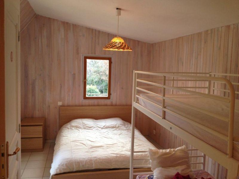 chambre 1 Location Maison 114148 Régusse