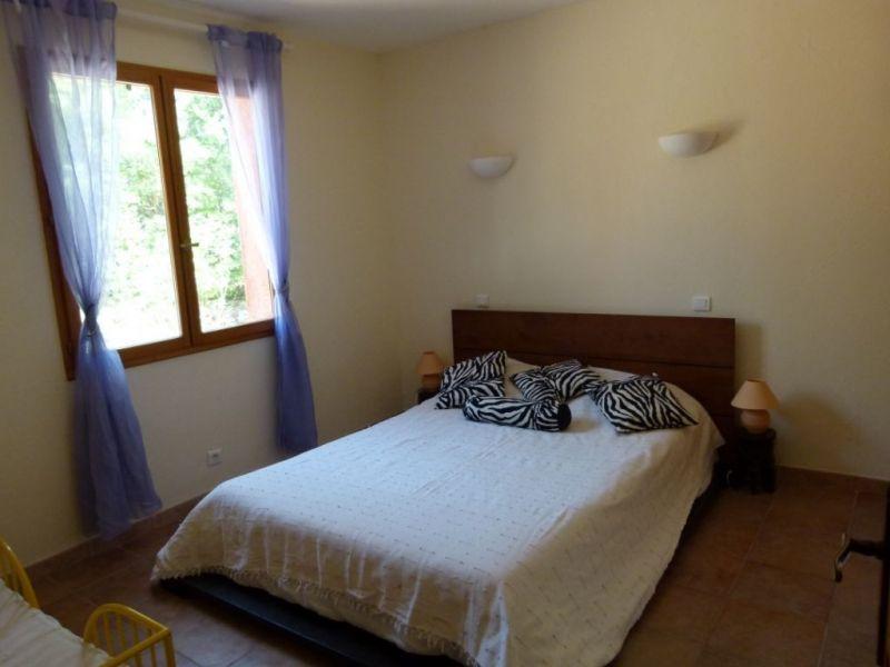 chambre 2 Location Maison 114148 Régusse