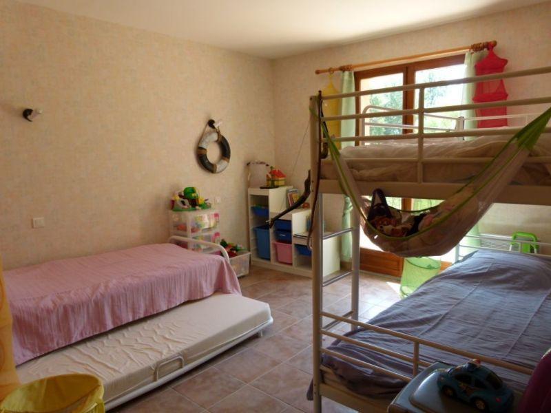 chambre 4 Location Maison 114148 Régusse