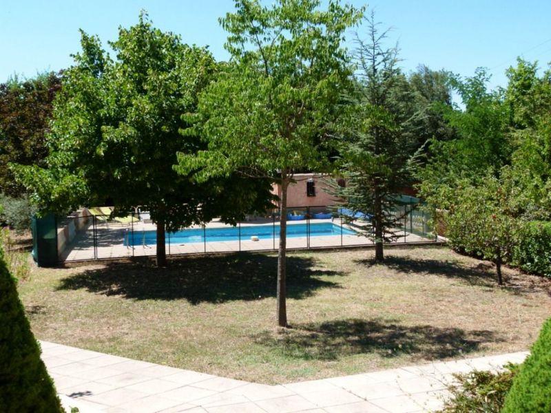 Piscine Location Maison 114148 Régusse