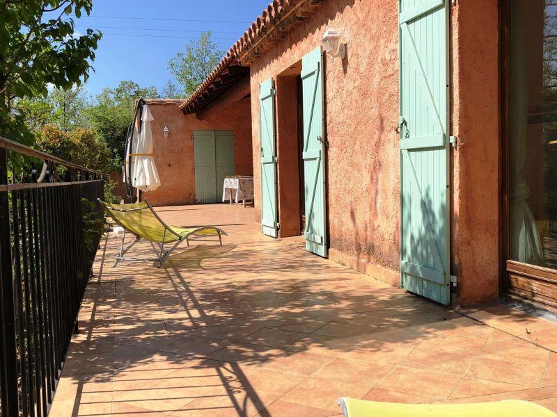 Terrasse Location Maison 114148 Régusse