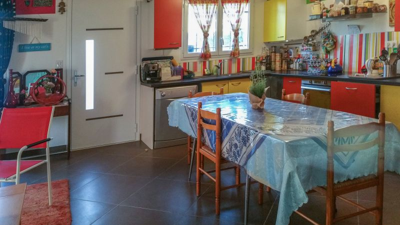 Coin cuisine Location Villa 116109 Balaruc les Bains