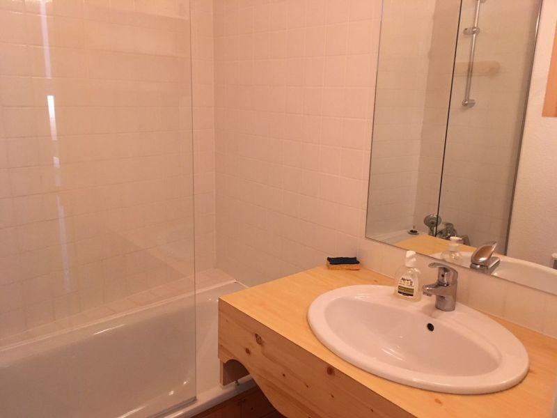 salle de bain Location Appartement 117329 Risoul 1850