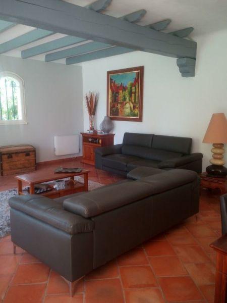 Salon Location Villa 118922 Le Beausset