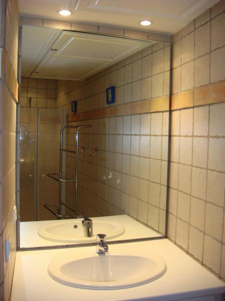 Salle d'eau Location Studio 65303 Saint Raphael