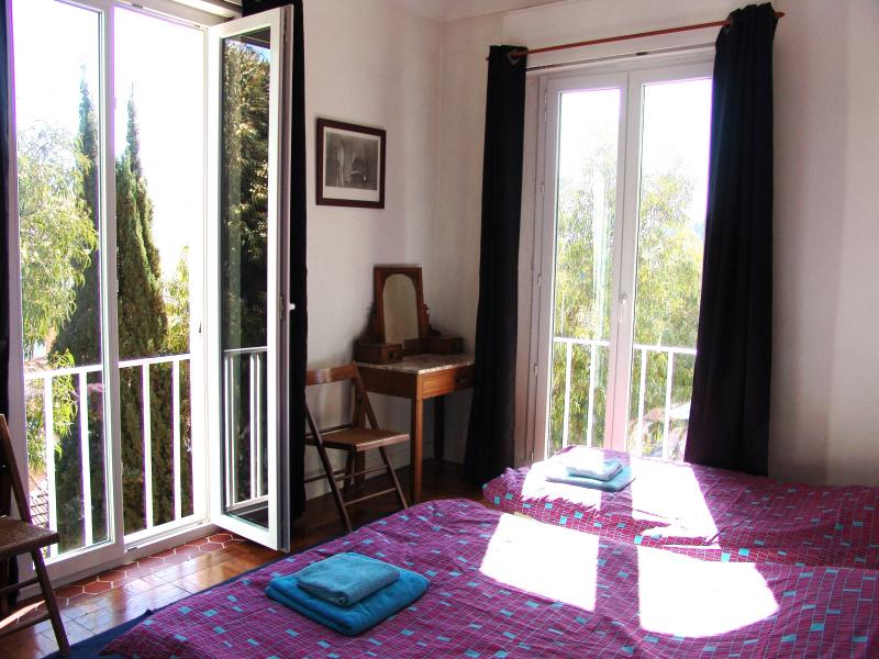 chambre 1 Location Appartement 75359 Nice