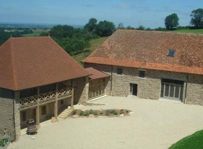 Vue extérieure de la location Location Maison 76475 Paray-le-Monial