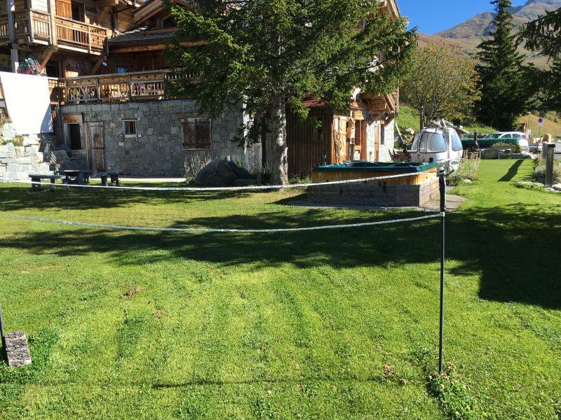 Vue extérieure de la location Location Chalet 77938 Saint François Longchamp