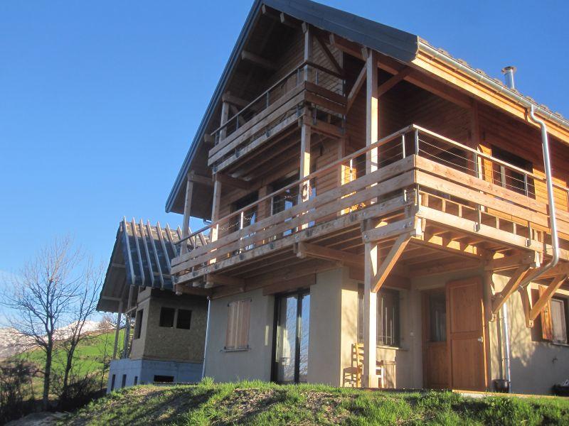 Vue extérieure de la location Location Gite 81230 Orcières Merlette