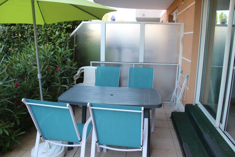 Vue de la terrasse Location Appartement 90107 Fréjus