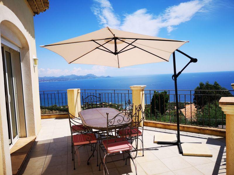 Terrasse Location Villa 90962 Les Issambres