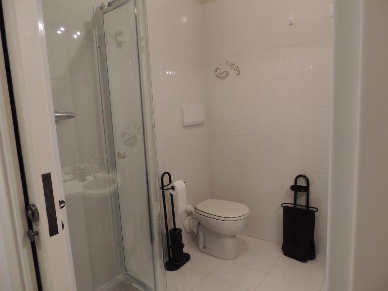 salle de bain Location Studio 92434 Menton