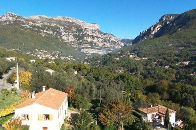 Vue ext�rieure de la location Location Villa 92568 Cannes