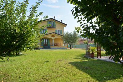 Location Maison 108493 Massarosa