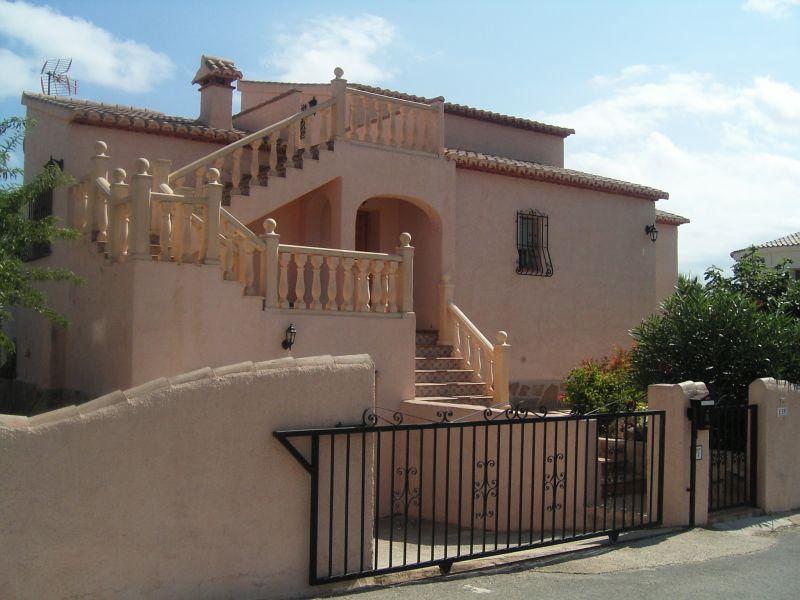 Vue extérieure de la location Location Villa 111838 Calpe