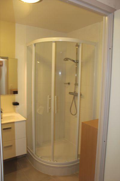 salle de bain Location Appartement 112194 Bray-Dunes