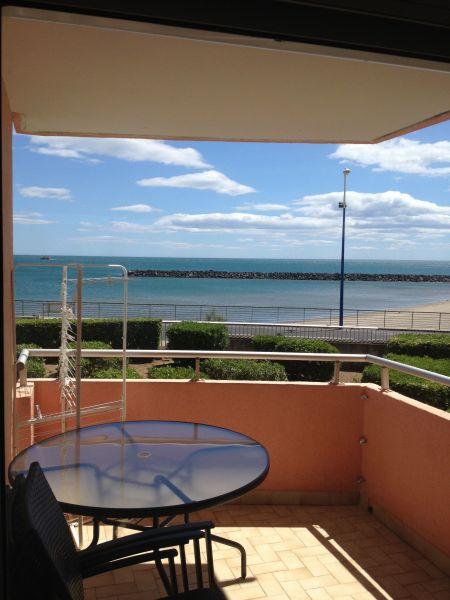 Terrasse Location Appartement 115346 Sete