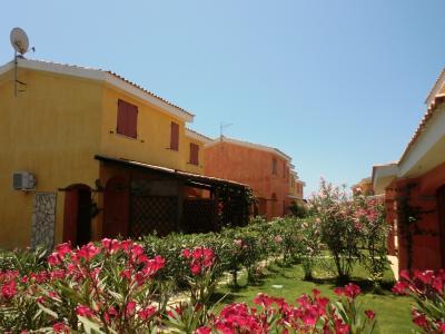 Vue ext�rieure de la location Location Maison 72959 Sant'Anna Arresi